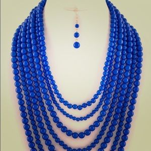 Blue beaded necklace Multi layers -New-